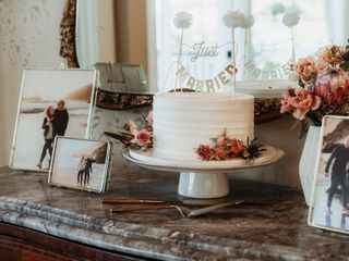 Willow & Plum Event Floral and Decor 5
