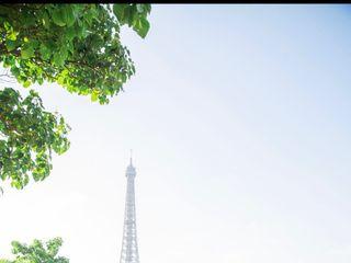 Celebrant in Paris 1