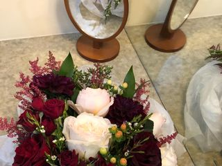 Floral Designs By Roni 3
