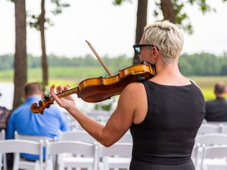 Wedding Violinist, Maura Kropke 1