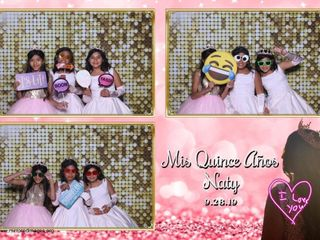 Mirrored Images Photo Booth 2