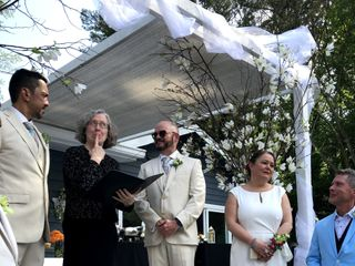 Non-Denominational Wedding Officiants 1