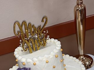 Simply Charming Cakes 2