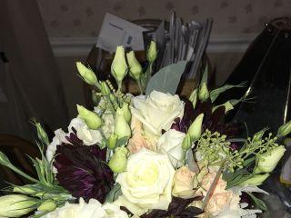 Bouts & Bouquets Flower Shop 1