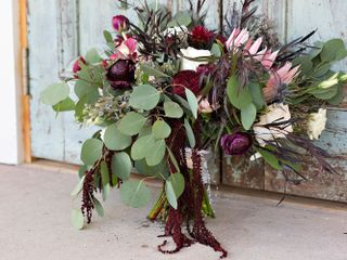 A Country Rose Florist 2