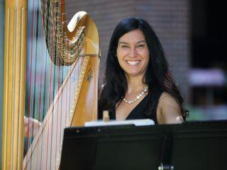 Harpist Lizary Rodriguez 2