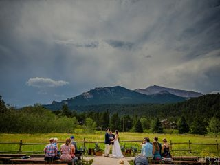 Wild Basin Lodge and Event Center 3