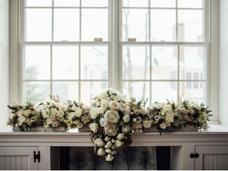 Weddings by Linda's Florist 2