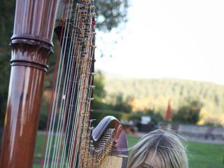 Leigh Brown Harpist 2