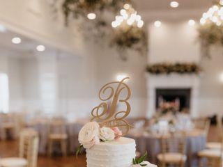 Cakes by Chloe LLC 4