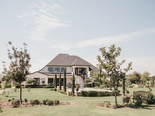 Thistlewood Manor & Gardens 1