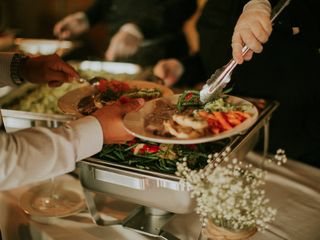 Bon Soir Caterers 1