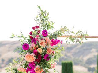 PoppyStone Floral Design 1