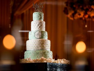 Raksha's Custom Cakes 2