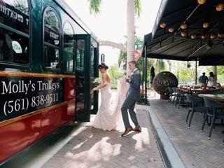 Molly's Trolleys of West Palm Beach 3