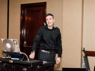 Dancing DJ Productions 2