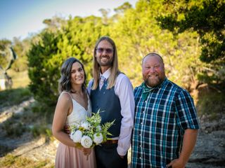 Hand Heart and Crown Weddings 3
