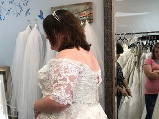 Marianne's Bridal Outlet 3