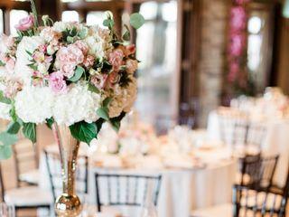 Moments 2 Memories Weddings & Events 1