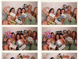 SillyShotz Photobooth Company 5