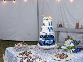 Ms laura's cakes 3
