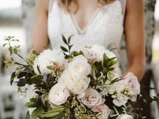 Bend Bouquets 6