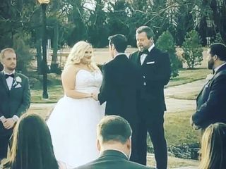 Chris Gray Wedding Officiant 1