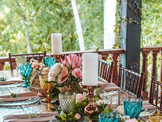Natalia Liriano Floral & Event Designer 6