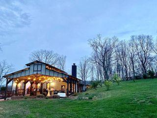 White Oaks Barn 2