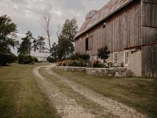 The Barns of Lost Creek 3