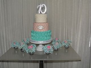 D'vine Cakes by Chef Clavell 2