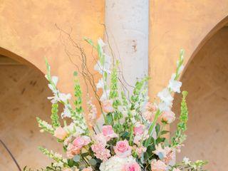 Carmen's Floral Designs 2