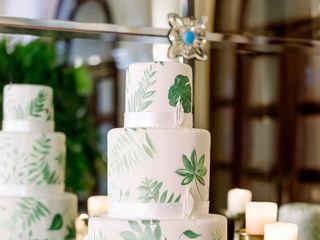 C+M Contemporary Master Cake Designers 6