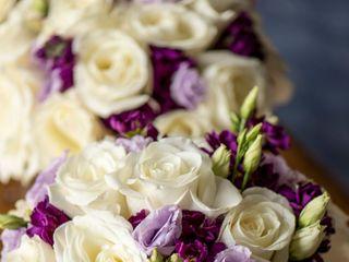 philippa tarrant custom floral llc 3