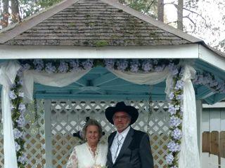 A Little Wedding Garden 3