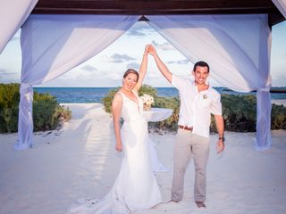 Modern Vacations & Destination Weddings 1