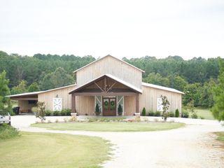 Spring Hill Farm Wedding and Event Center 3