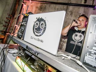 Headsmile Productions DJ 3