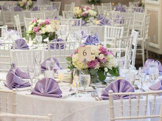Elegant Designs Specialty Linens 2