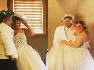 Indy Wedding DJs 1