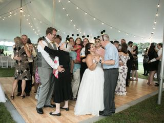 Encore Entertainment: DJ Entertainment, Photography, Videography and Photobooths! 5