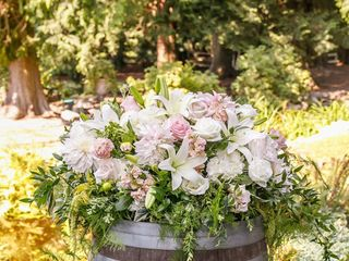 Fena Flowers 3