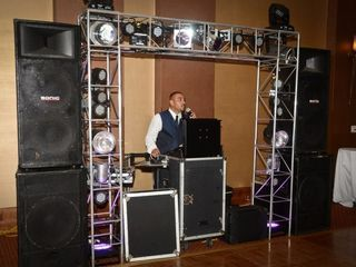 Sounds Just Right Dj Entertainment 7