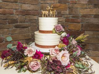 Angela Hudson Cakes 3