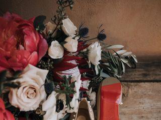 Form Floral Design 6