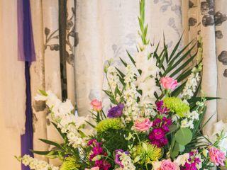 Pedy's Petals Flower & Event Design 7