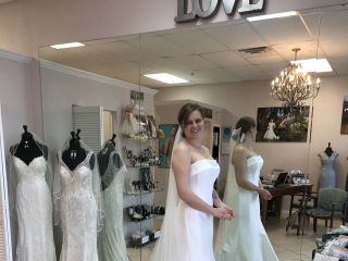 Loretta Bridal Boutique 7