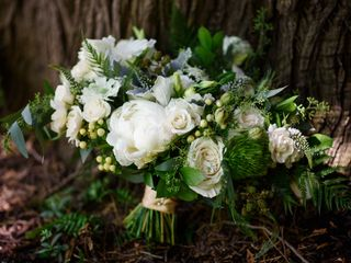 Sophisticated Floral Designs {Weddings + Events} 5