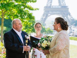 Celebrant in Paris 3