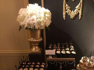 Gardenia's Custom Cakes & Catering LLC 4